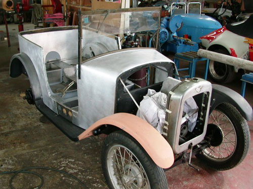 Windscreen fitted - Austin 7